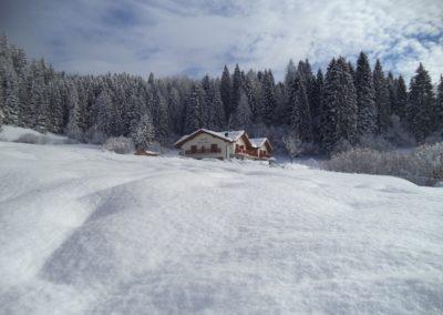 chalet-abete-rosso-inverno